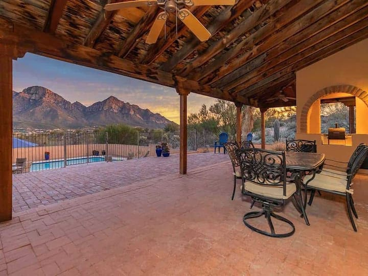 Secluded 3BD Lux House Mountain Views, Heated Pool