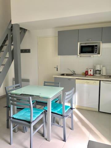 Maison Duplex Hourtin Lac/piscine - Hourtin - Huis