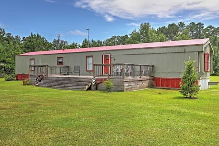 NEW! 3BR Shelby House w/Deck - Walk to Lay Lake! - Shelby