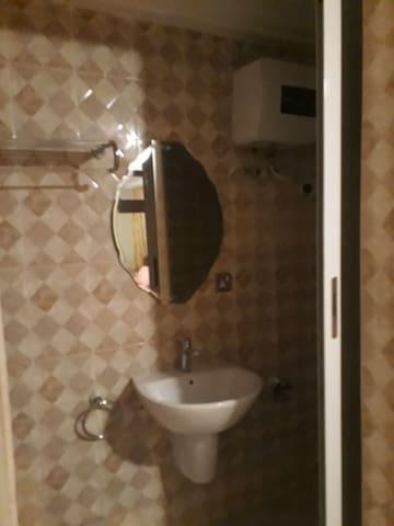 1bathroom in 1bedroom