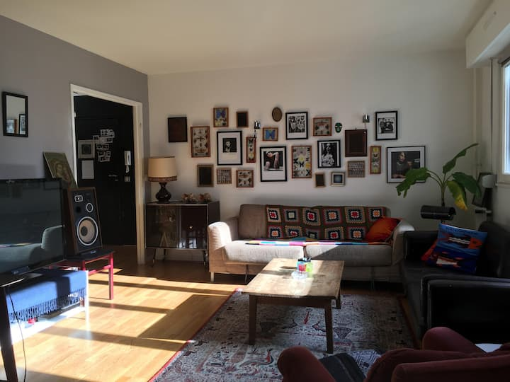 Belleville Room for rent in Art Appartement