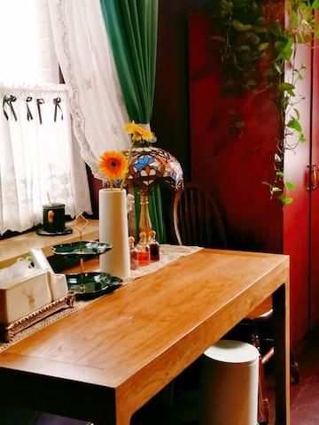 【兰•馨】五大道民院广场附近/民国范2人间/含早餐/庭院花园KTV影院