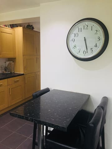 Breakfast area in kitchen