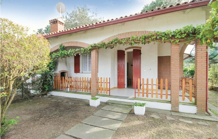 Semi-Detached with 3 bedrooms on 45 m² in Lido delle Nazioni FE