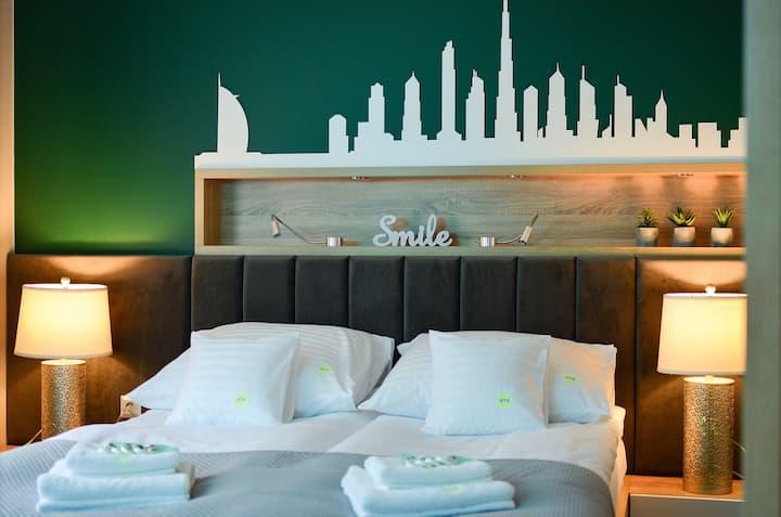 AGA Tenis Apartments by Radwańska Dubai