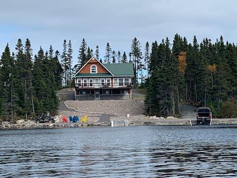Thorburn Lake Retreat