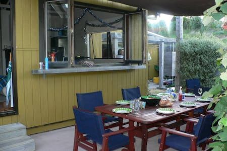 Waipu Cove bach - Waipu