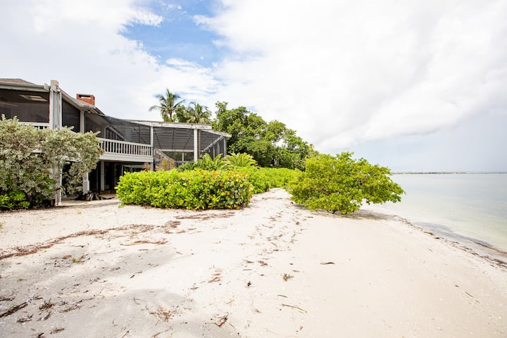 FERRY ROAD HOME- STILL OPEN FOR JANUARY 2021, PRIVATE BEACH AND POOL HOME ON SANIBEL!