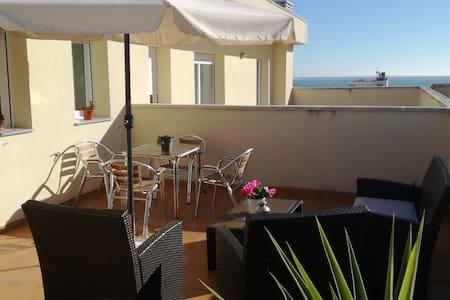 Apartamento duplex, cerca de la playa