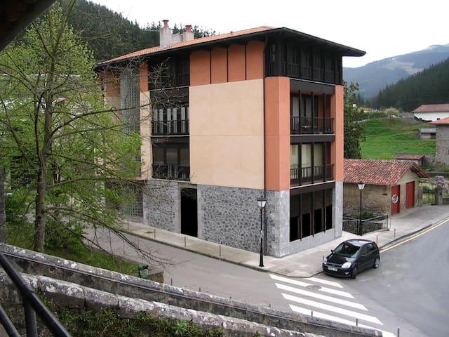 Apartamento nuevo en zona rural, cerca de la costa