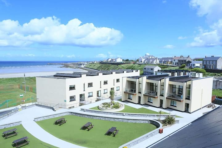 Ocean Sands Apartment by the Beach - Enniscrone