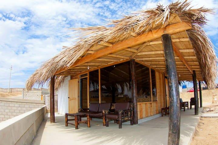 wayra surf camp - Lobitos District - Pousada