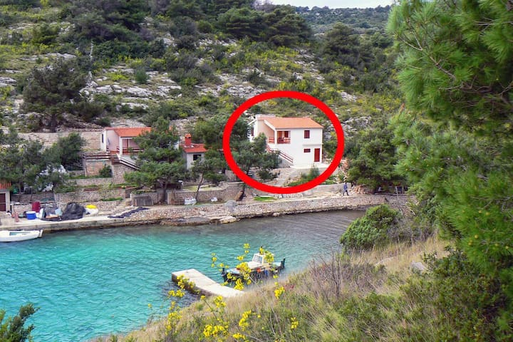 Two bedroom apartment near beach Cove Dumboka (Dugi otok) (A-489-a)