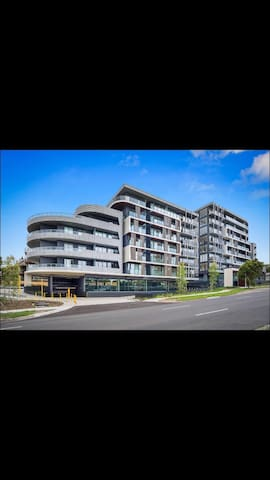 Big and lovely Apartment - Bundoora - Apartamento