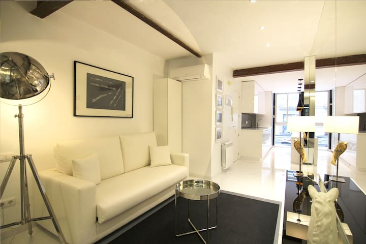 Newly renovated design loft CHUECA 1IZQ