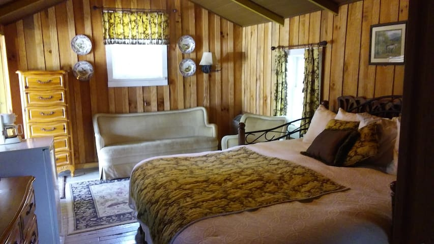 Loft Cabin in Rabun Manor Resort