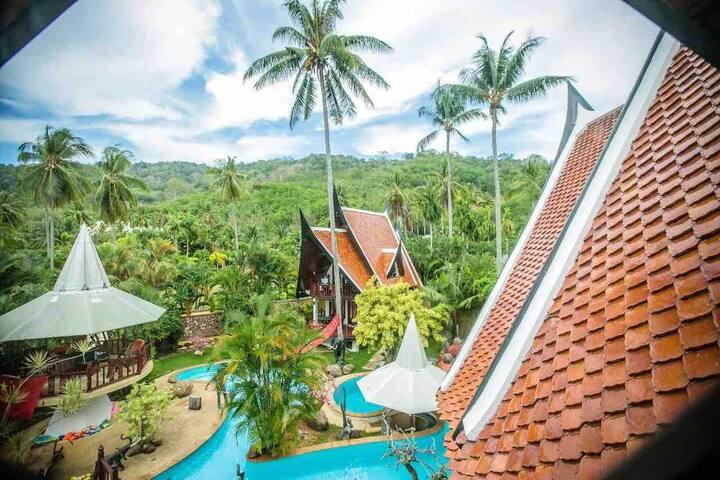 3 villa 7 bedrooms*whole yard*Naiharn Rawai Phuket