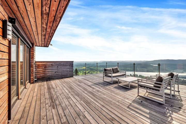 New townhouse with stunning views in Holmenkollen