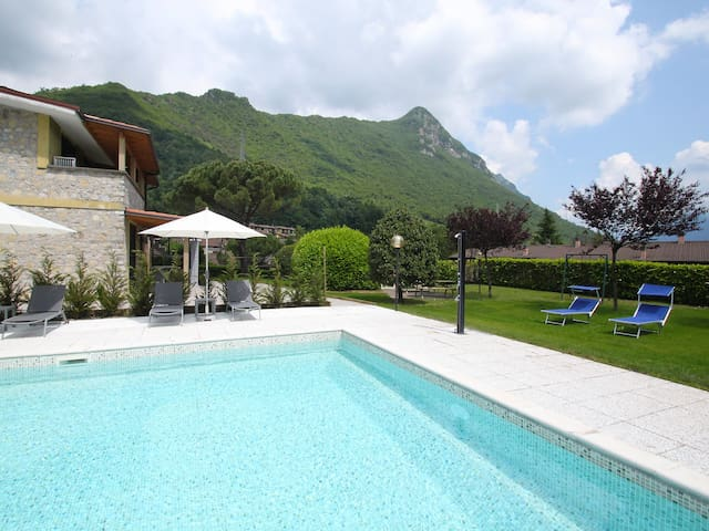 Holiday apartment Comfort in Idro