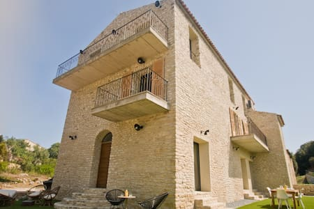 Casa di Neshama SANTA city center of Saint Florent