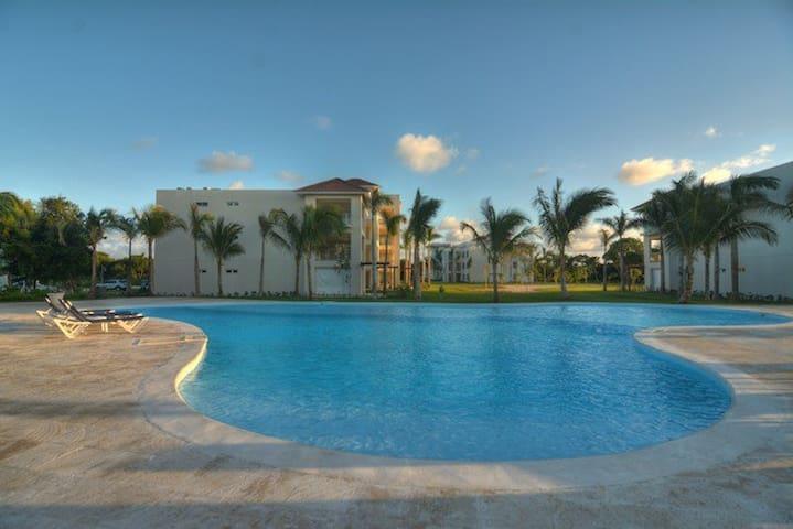 Hacienda del Mar 2-Bedroom Apartment