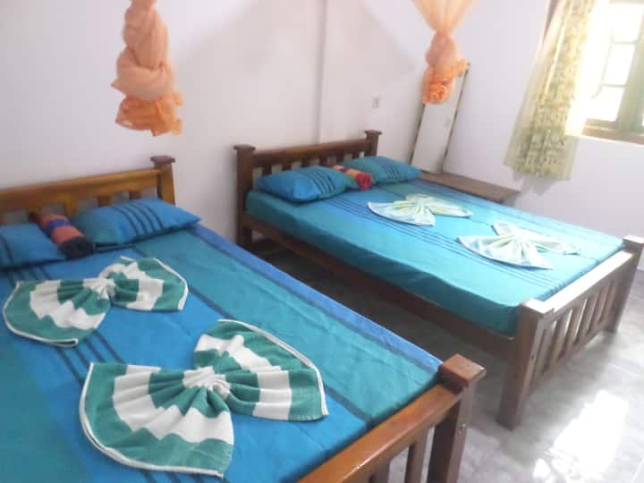 Pradeepa Guest House- Quadruple Room
