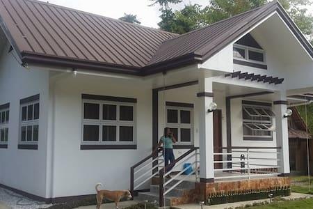 Mel's Transient House in Romblon