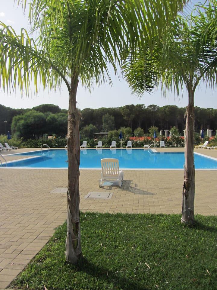 Portoada Park Villa (5A) Communal Pool + Beach