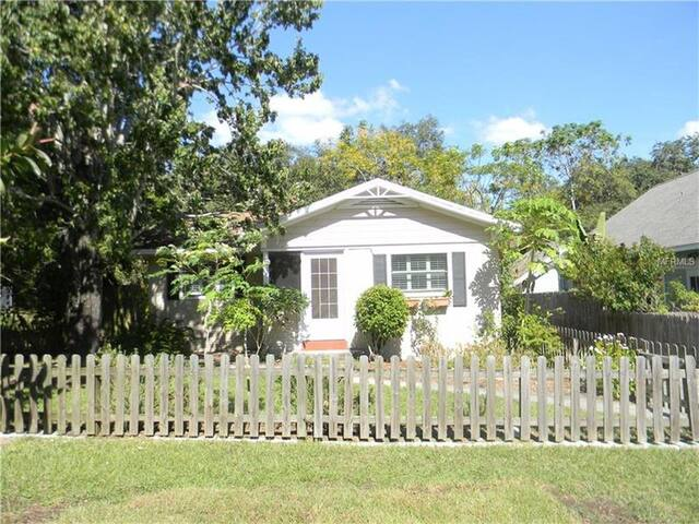 Charming Safety Harbor Bungalow