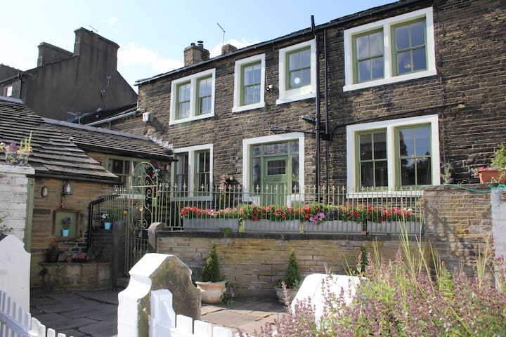 Bronte birthplace only guesthouse nearby