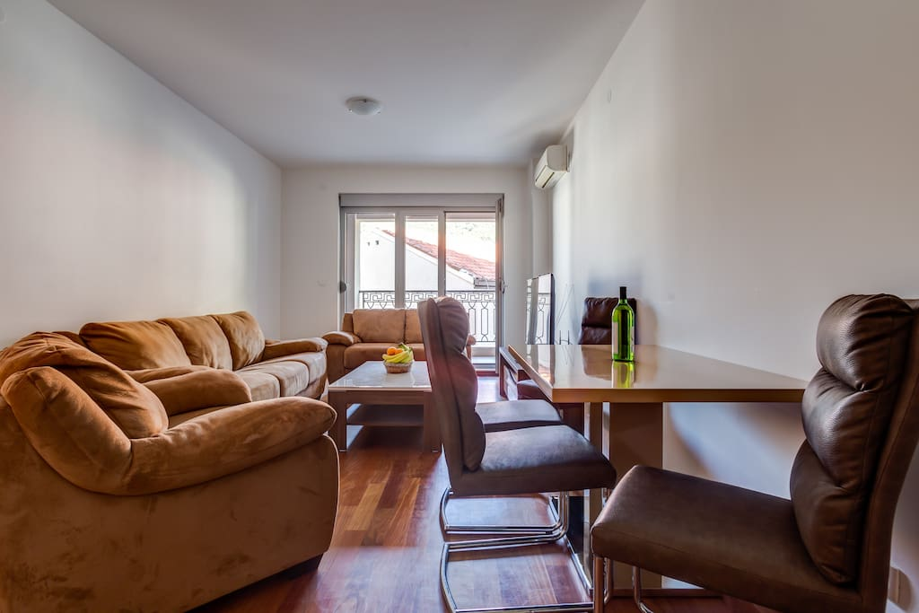 Modern and luxurious seating set, flat screen TV with cable channels will surely make your time pass faster if you are inside the apartment, along with Wi Fi.
