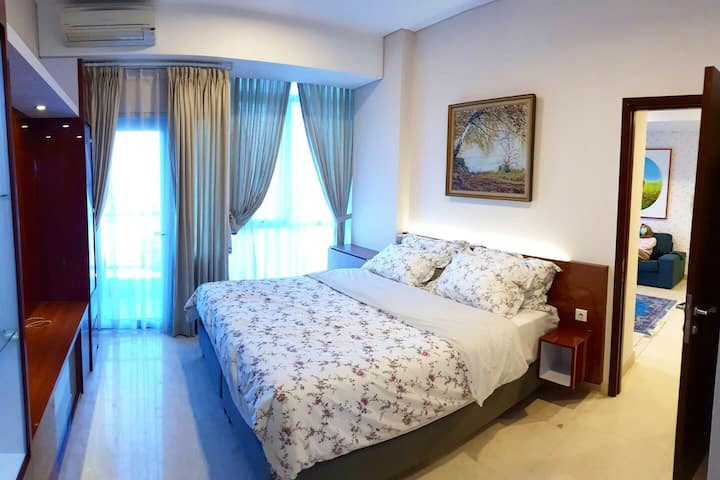 Beautifully renovated 2 BR flat in Central Jakarta
