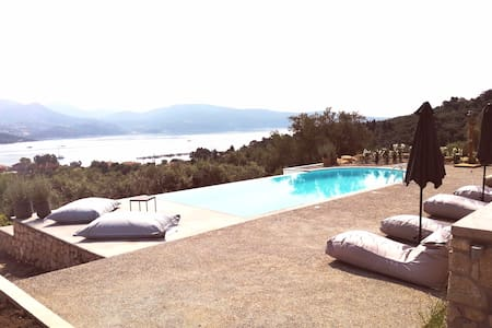 LAURA _SEA VIEW_HOUSE with Swimming Pool