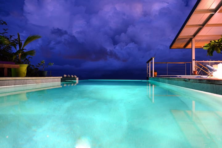 Villa Vini Moana - jacuzzi, pisc vue mer - Tahiti - Îles du Vent - Villa