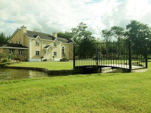 Glendurragh House - Bedroom 2