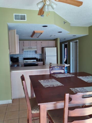 Condo with river view- 3 BR with jetted tub