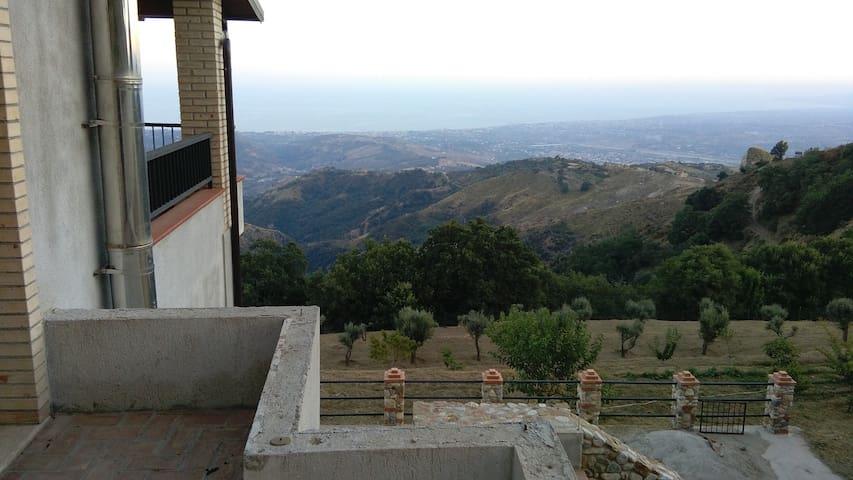Casa in collina - Gioiosa Ionica - Talo