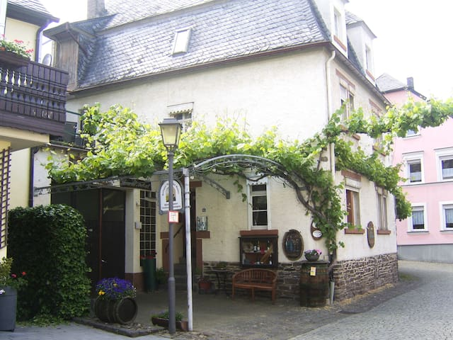 Apartment Goldlay auf Winzerhof Reil/Mosel