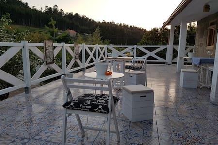 B&B Rias Baixas village House - Pontevedra - Bed & Breakfast