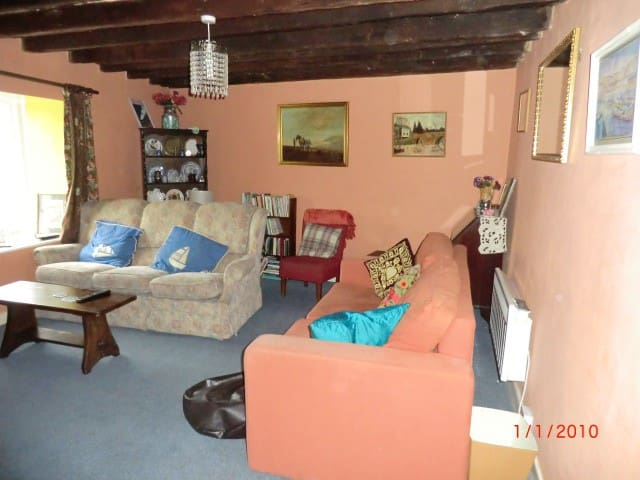 Tenby cottage in fantastic harbour location - Tenby - Rumah