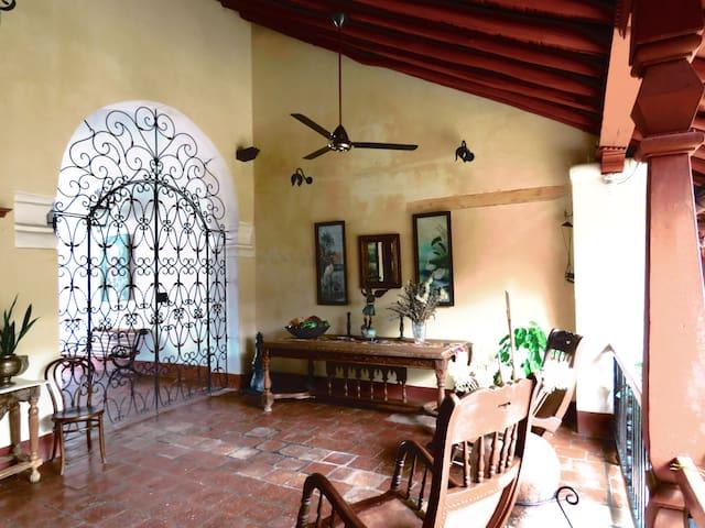 MARTINA- ideal en Casa Sinning Mompox - Mompós - Villa