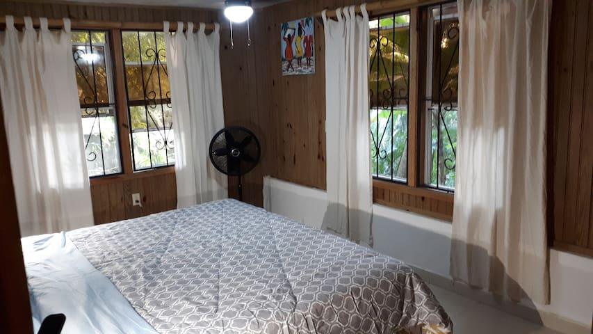 The Apartment C1 (Full Apartment / 2 bedroom)