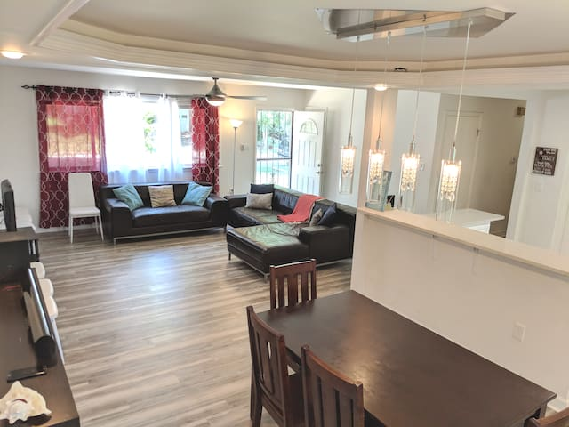 3 miles to Outlets/MGM, DC nearby, park free - 3