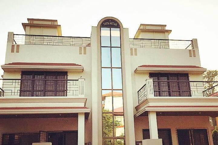 LONAVALA: Luxury 3BHK Villa for Weekend Gateways.