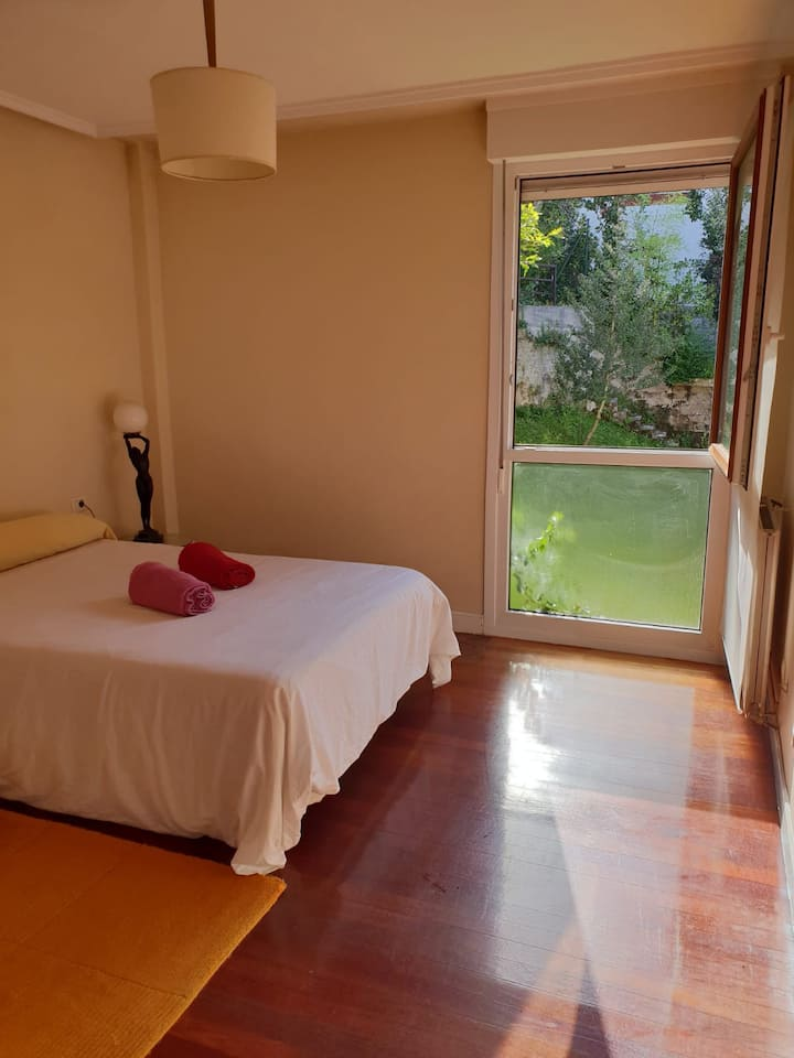 Room in a villa in a calm area near the beach