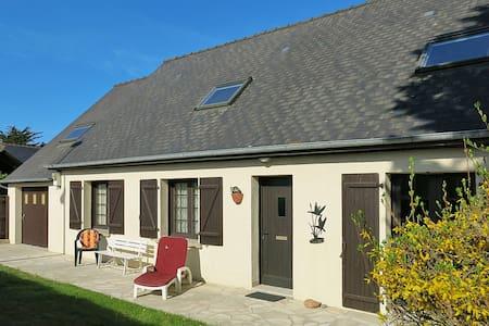 Holiday home in St Jacut de la Mer - Saint Jacut-de-la-Mer
