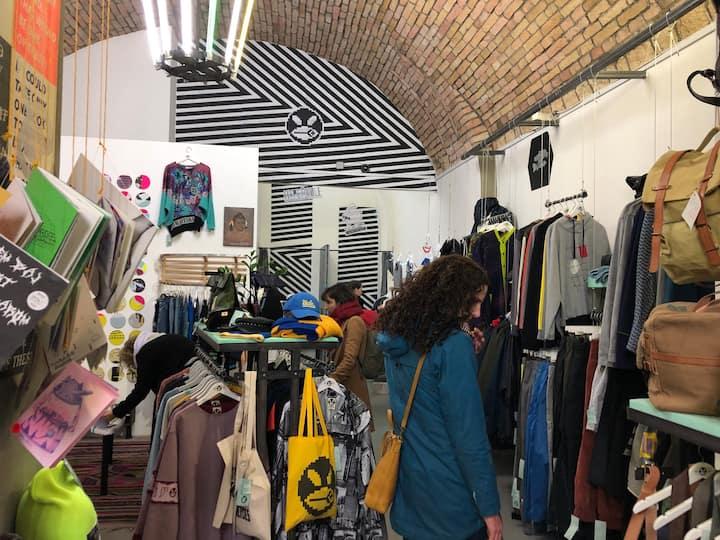 Browsing Hungarian design shops