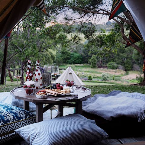 Fancy Tent -Glamping Getaway - Red Hill South - Namiot