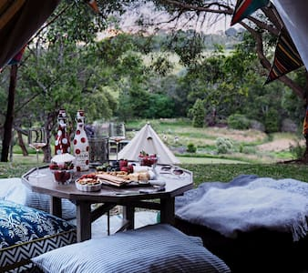 Fancy Tent -Glamping Getaway - Red Hill South - Sátor