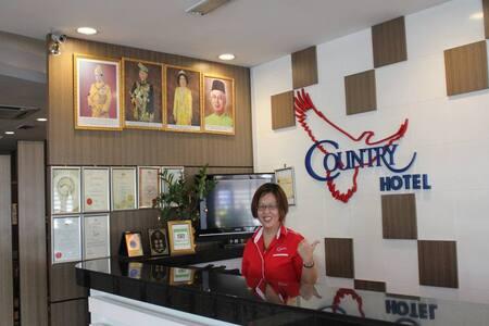 2-Bedroom Suite With Private Sky Garden & Jacuzzi - Klang - Boutique hotel - 1